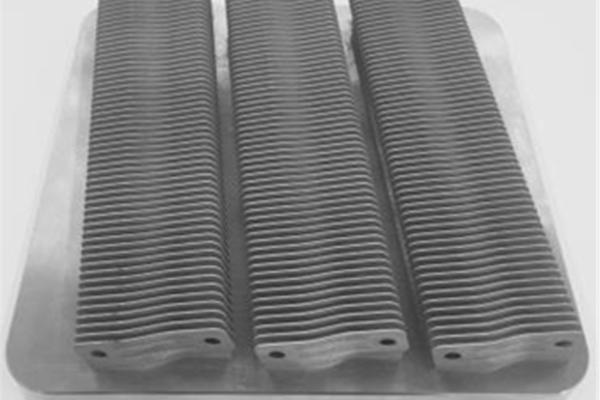 金属3Dプリンターに製品量産