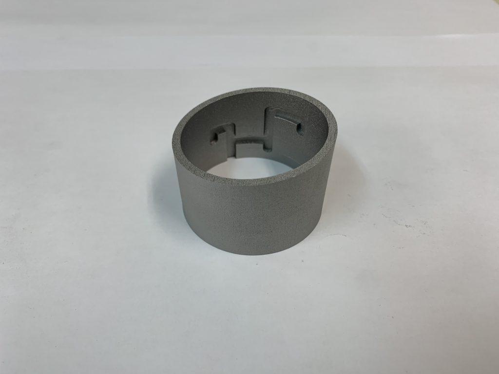 内径に溝形状を持つパイプサンプル(材質:SUS630)